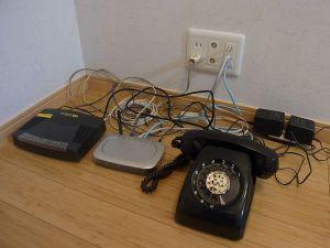 モデムと電話-1