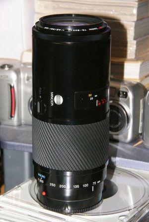 MINOLTA AF ZOOM 75-300mm  F4.5-5.6