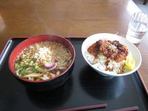 3/5 たぬきうどんとミニソースカツ丼